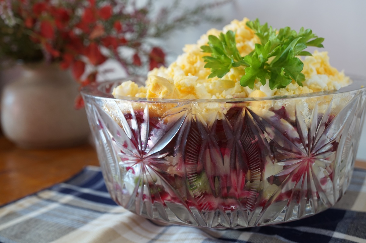 Layered Salad with Beetroot and Herring. Kasukas