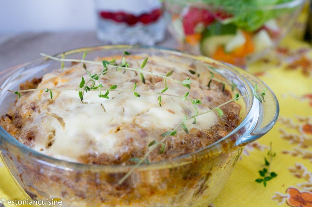 Buckwheat and Mushroom Casserole. Vegetable Recipe. Tatra- seenevorm