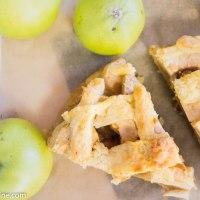 Apple Cake with Halva. Halvaaga õunakook