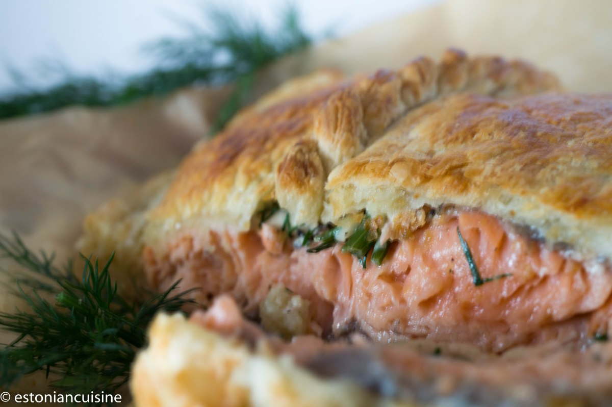 Simple Salmon Pie. Lõhepirukas
