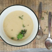 Creamy Cauliflower and lentil puree soup with mushroom cream. Lillkapsa ja läätsesupp seentega