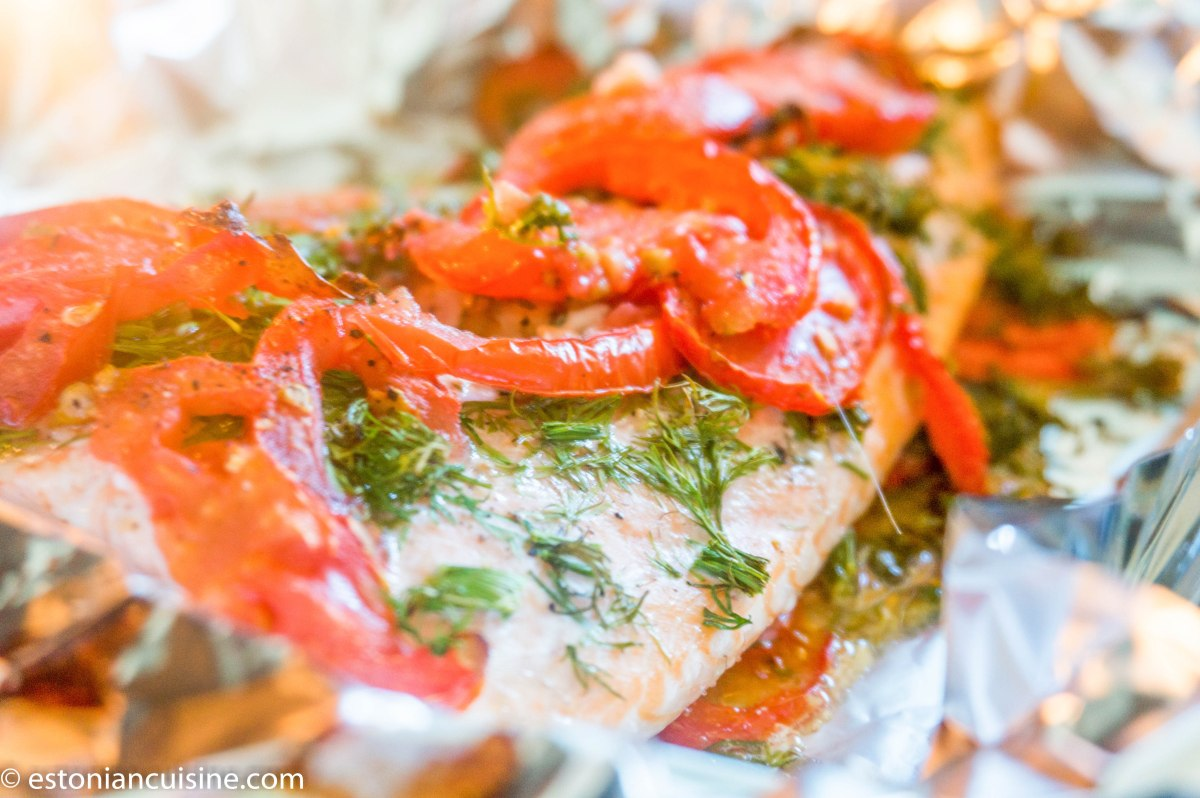 Simple Fish with Dill and Tomatoes. Lihtne kala tilli ja tomatiga
