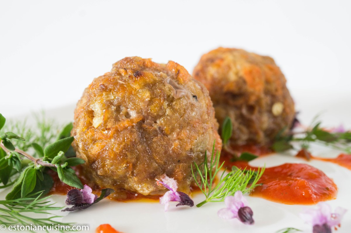 Meat and Carrot Balls. Porgandi ja lihapallid